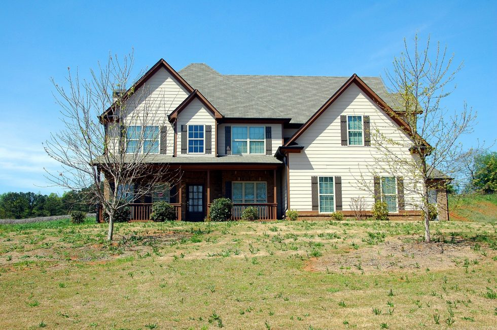 A Homeowner's Guide on How to Choose the Best Greeley Roofing Company